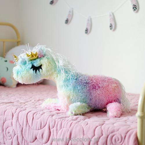 BOBITO Rainbow fur  white hair